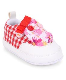 Cute Walk by Babyhug Booties Checks & Floral Pattern - Red