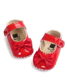 Wow Kiddos Bow Applique Crib Shoes For First Walkers - Red