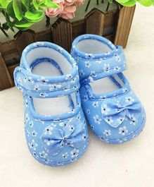 Wow Kiddos Bow Applique Soft Crib Shoes For First Walkers - Blue