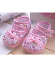 Wow Kiddos Bow Applique Flower Printed Shoes For First Walkers - Pink