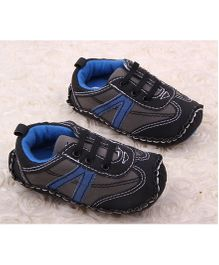 Alle Alle Sneaker Style Booties - Black