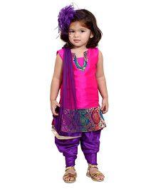 Chubby Cheeks Sleeveless Self Design Kurta Dhoti Salwar And Dupatta - Pink Purple