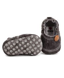 Ivee Baby Denim Soft Sole Shoes For Boys - Grey