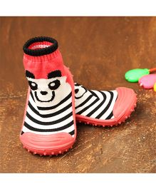 Little Sparkles By Walkinlifestyle Sock Shoes Animal Face Print - Pink Black