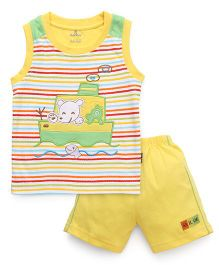 Child World Sleeveless T-Shirt And Shorts Ship Embroidery - Yellow