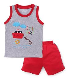 Child World Sleeveless T-Shirt And Shorts Little Boat Embroidery - Red