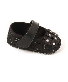 Pikaboo Starry Embroidered Booties - Black