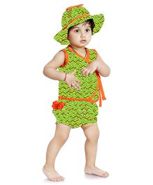 Little Pockets Store Set Of Zigzag Print Diaper Cover Hat & Top - Green
