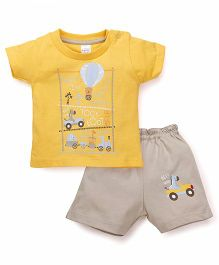 Pink Rabbit Short Sleeves Printed T-Shirt And Shorts - Yellow Beige