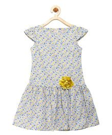 Campana Cap Sleeves Frock Flower Applique - White