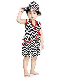 Little Pockets Store Zigzag Overlap Vest & Blommer Set - Black & White