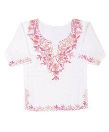 Pikaboo Full Sleeves Kurti With Kashida Embroidery - White Pink