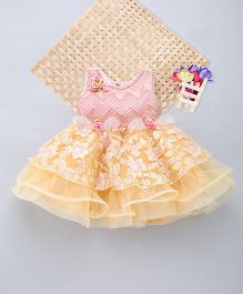 Eiora Self Work Flared Dress With Flower Patch Work - Gold