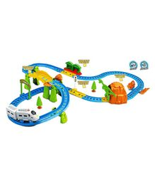 Saffire Kids Big Train With Flyover - Multicolor
