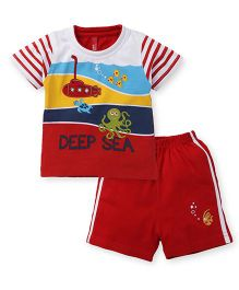 Spark Half Sleeves T-Shirt With Shorts Set Deep Sea Print - Red