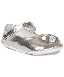 Pikaboo Booties With Bow Applique - Silver