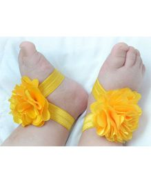 Akinos Kids Flower Applique Barefoot Sandals - Yellow