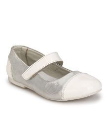Tuskey Ballerina Shoes - White