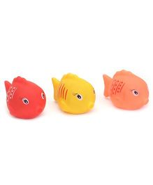 Ratnas Squeaky Toys Fish Shape 3 Pieces (Color May Vary)