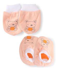 Simply Mittens & Booties Set Teddy Print - Light Peach White