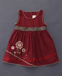 Smile Rabbit Flower Embroidery Dress - Maroon