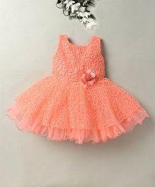 Eiora Zigzag Design Dress With Flower Design - Peach