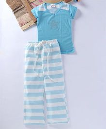 Eimoie Solid Tee & Stripe Pyajama - Sky Blue