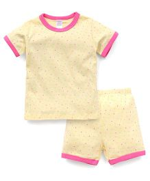 Yiyi Garden Tiny Dot Print Crew Neck Tee & Shorts Set - Yellow & Pink