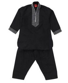 Ethnik's Neu Ron Kurta Pyjama Set - White