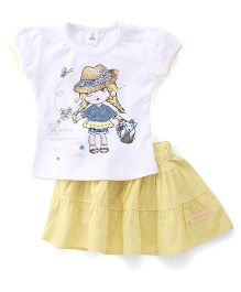 ToffyHouse Short Sleeves Top And Skirt Set Printed - White & Lemon Yellow