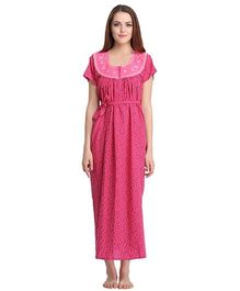Clovia Short Sleeves Printed Nighty With Waist Belt - Pink