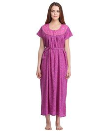 Clovia Short Sleeves Printed Nighty With Waist Belt - Purple