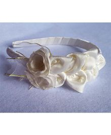 Soulfulsaai Satin Petals And Flowers Hairband - White