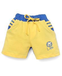 Olio Kids Solid Color Shorts With Lion Print - Yellow