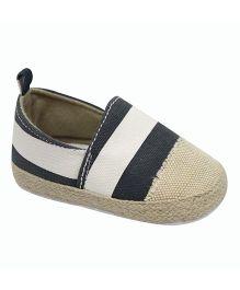 Kiwi Slip On Shoes Style Booties - Beige