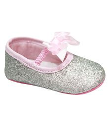 Kiwi Bellies Style Booties With Glitter - Silver