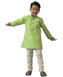 BownBee Embroidered Kurta Pyjama Set - Parrot Green