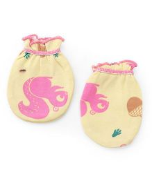 Ohms Mittens Squirrel Print - Yellow