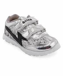 Doink Formal & Party Wear Shoe With Embellishment - Silver