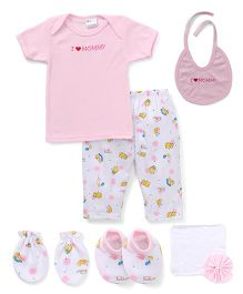 Montaly Cloth Gift Set I love Mommy Print White Pink - 7 Pieces