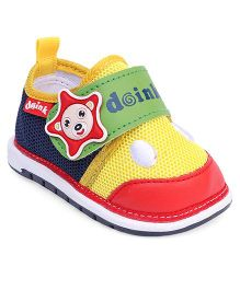 Doink Casual Shoes Star Applique - Red Yellow