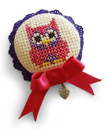 Soulfulsaai Cross Stitch Owl Design Broach - Pink & White