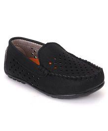 Cute Walk by Babyhug Cut Style Loafer Shoes - Black