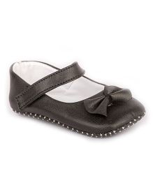 Pikaboo Booties With Bow Applique - Black