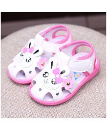 Alle Alle Musical Sandals Rabbit Patch  - White