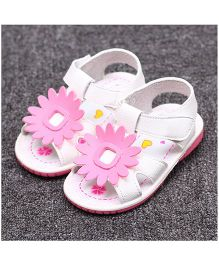 Alle Alle Musical Sandals Floral Appliques - White
