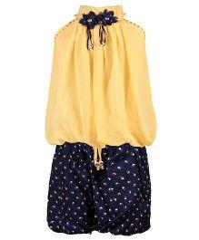 Aarika Balloon Styled Top & Printed Shorts Set - Beige
