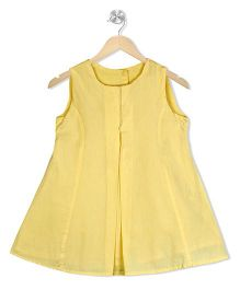 Budding Bees Box Pleated Dress With Back Buttons - Yellow