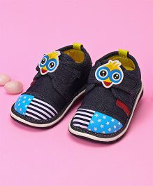 Cute Walk by Babyhug Casual Shoes Chick Face  Applique - Navy Blue