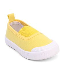 Cute Walk by Babyhug Canvas Shoes - Yellow White